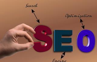 Dacă ești proprietarul unui website și vrei ca utilizatorii să te găsească mai ușor pe Google, ia în calcul aceste reguli importante de SEO și aplică-le urgent!