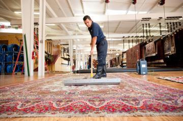 4 sfaturi despre curatarea covoarelor de la profesionisti