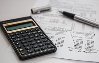 Cum îți administrezi finanțele la 20 de ani